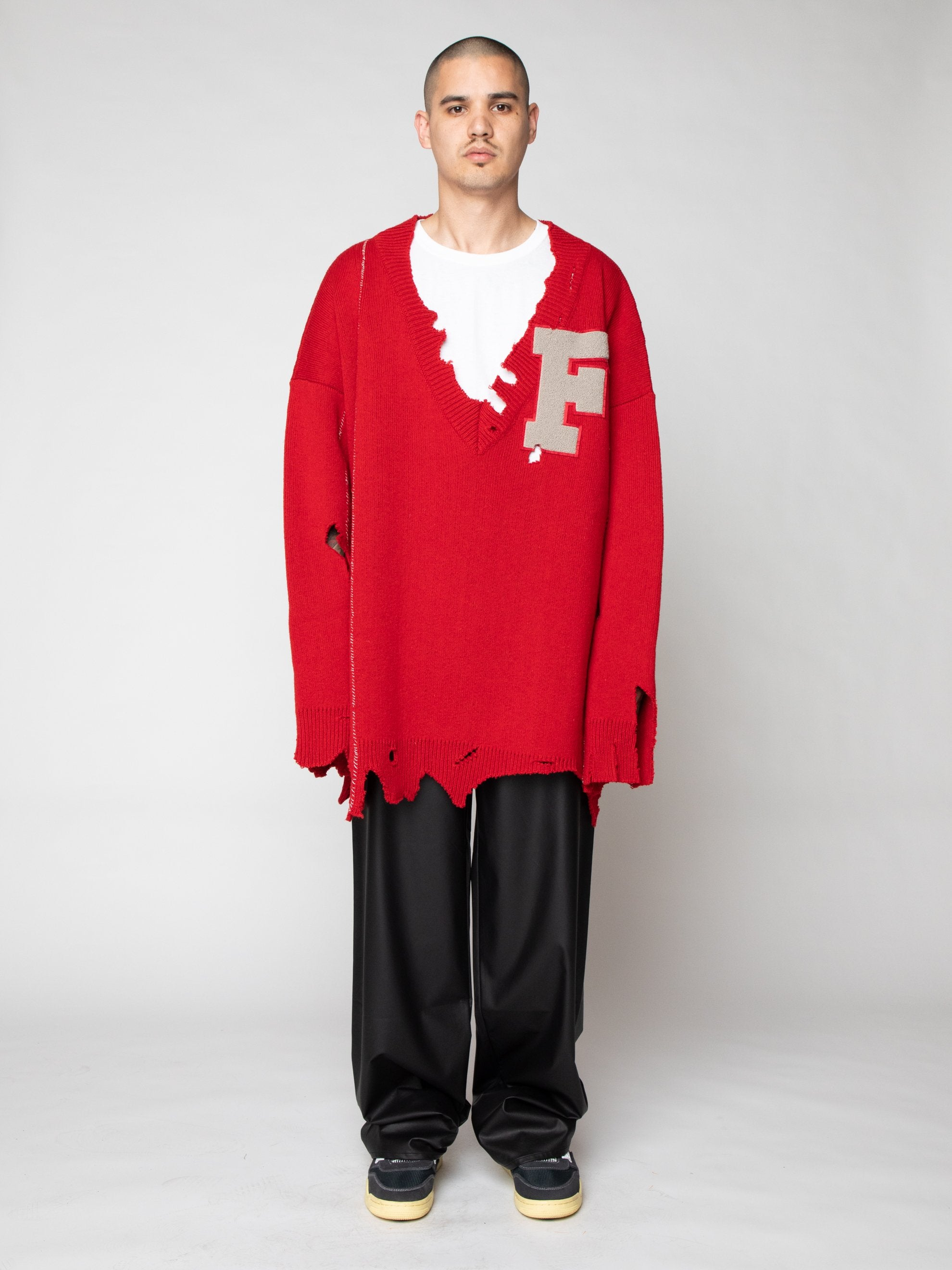 Red Oversized Destroyed V-Neck Sweater With F-Badge 2