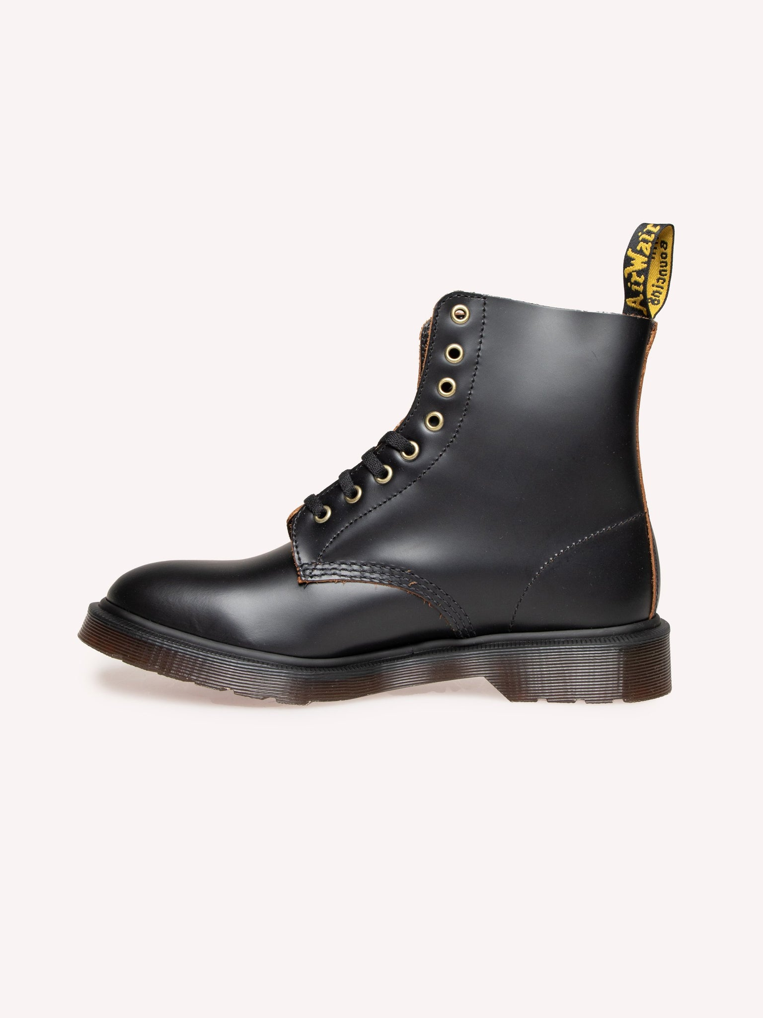 pascal-black-vintage-smooth-boots