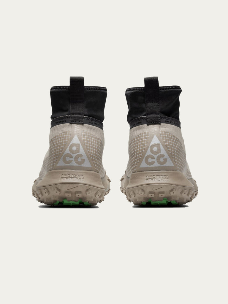 Khaki/Metallic Silver NIKE ACG Gore-Tex Mountain Fly 315948591530061