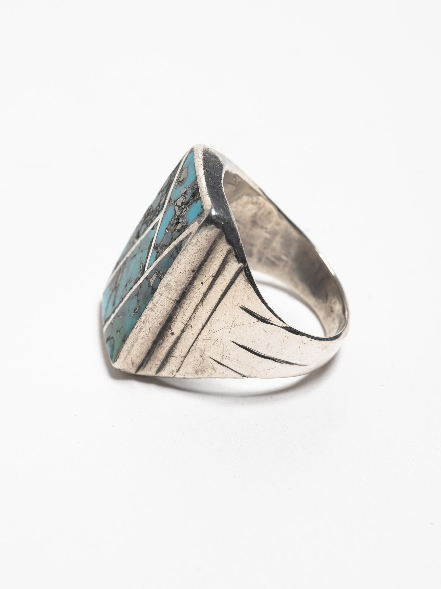 vintage-1940-s-navajo-sterling-silver-chanel-ring-with-inlayed-turquoise
