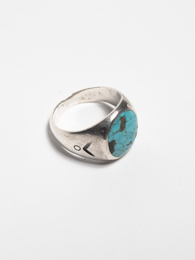 Sterling Silver Vintage Navajo Sterling Men's Ring with hand stamped design & inset turquoise stone 313566284922957
