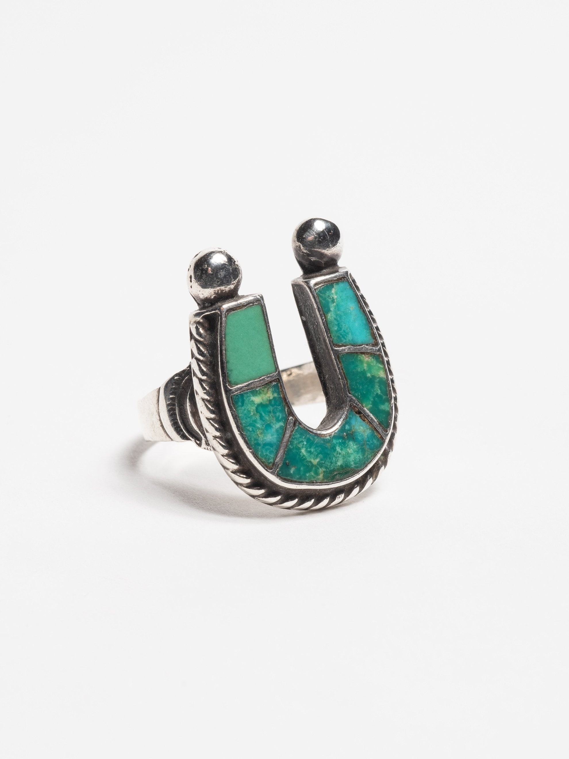 Sterling Silver Vintage 1950's Navajo Sterling Silver & Turquoise lucky horse- shoe ring 2