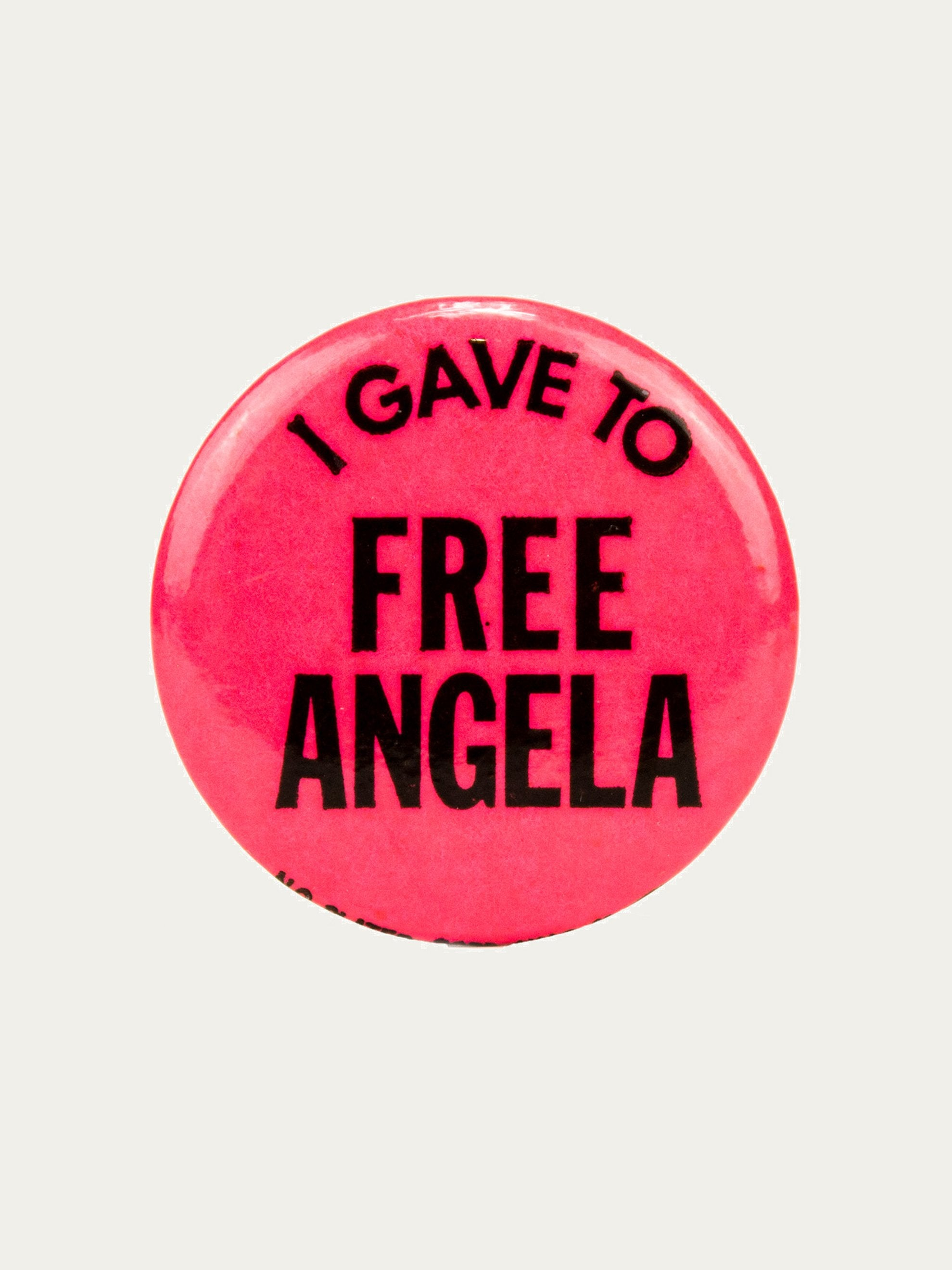 "Red Vintage 1970's Activist Protest Pin ""I Gave To Free Angela"" 1"