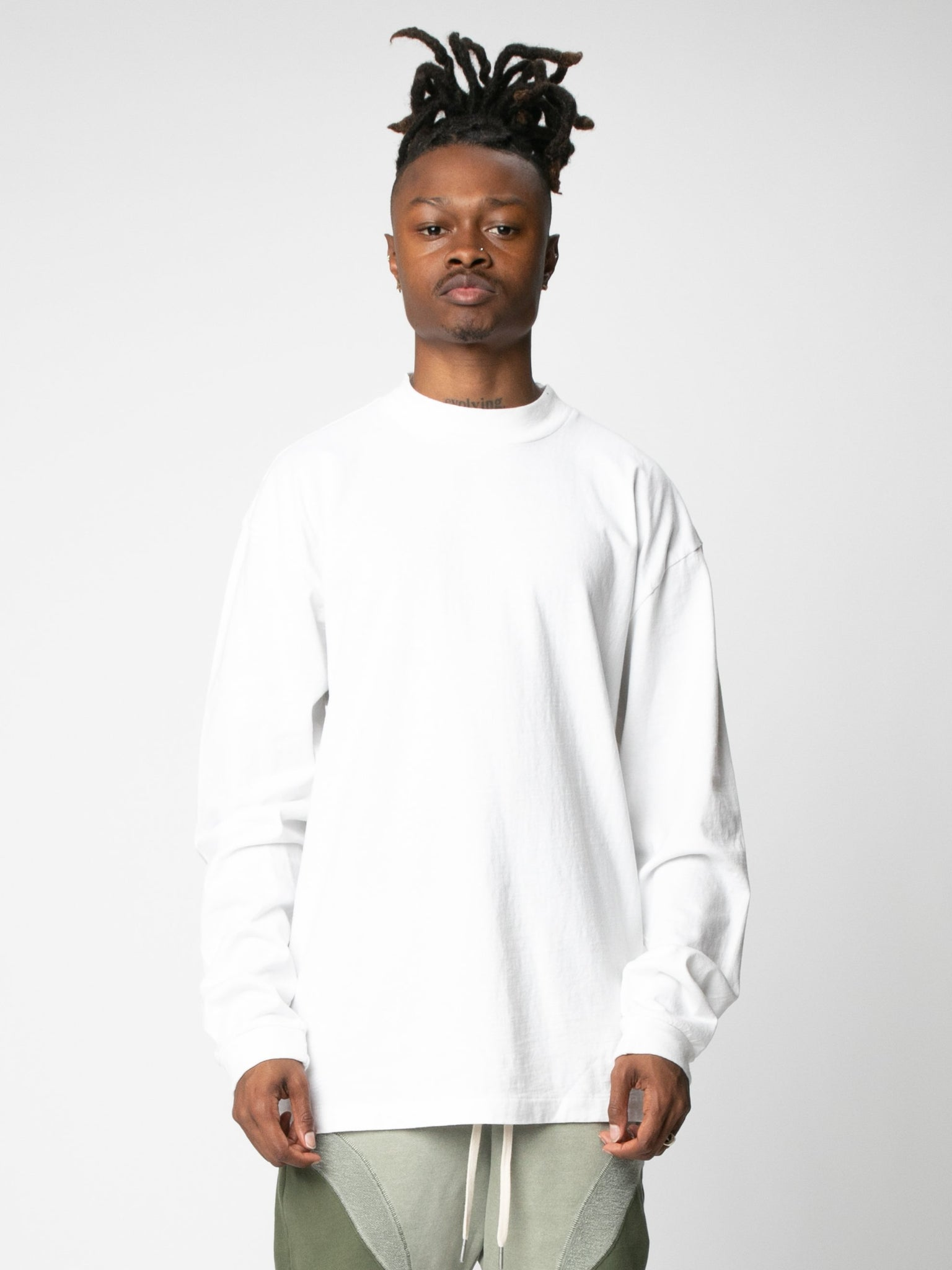 900-ls-mock-t-shirt