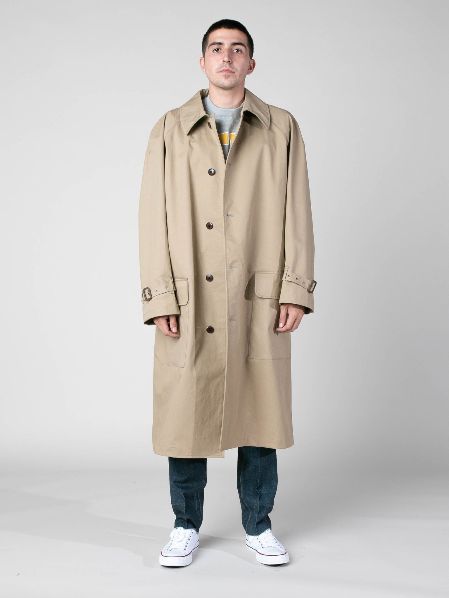 buckled-sleeve-mackintosh-coat