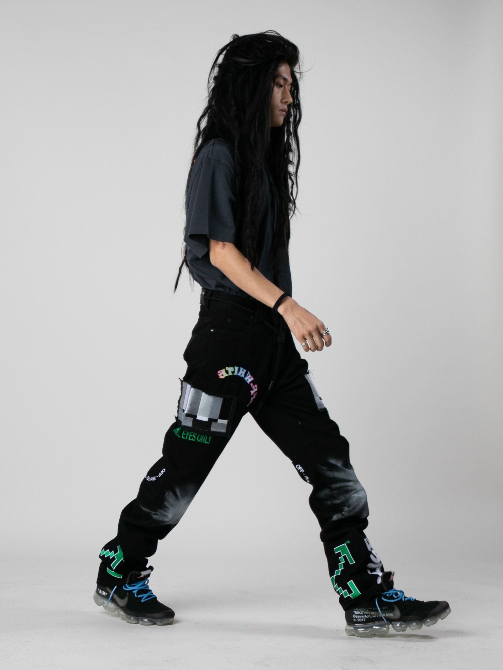 Black / Multicolor EV Bravado Relaxed Jeans 6