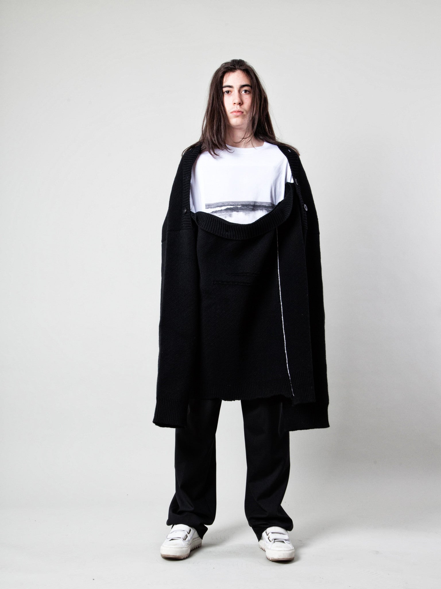 O/S Oversized Distorted Straight Necklined Sweater 4