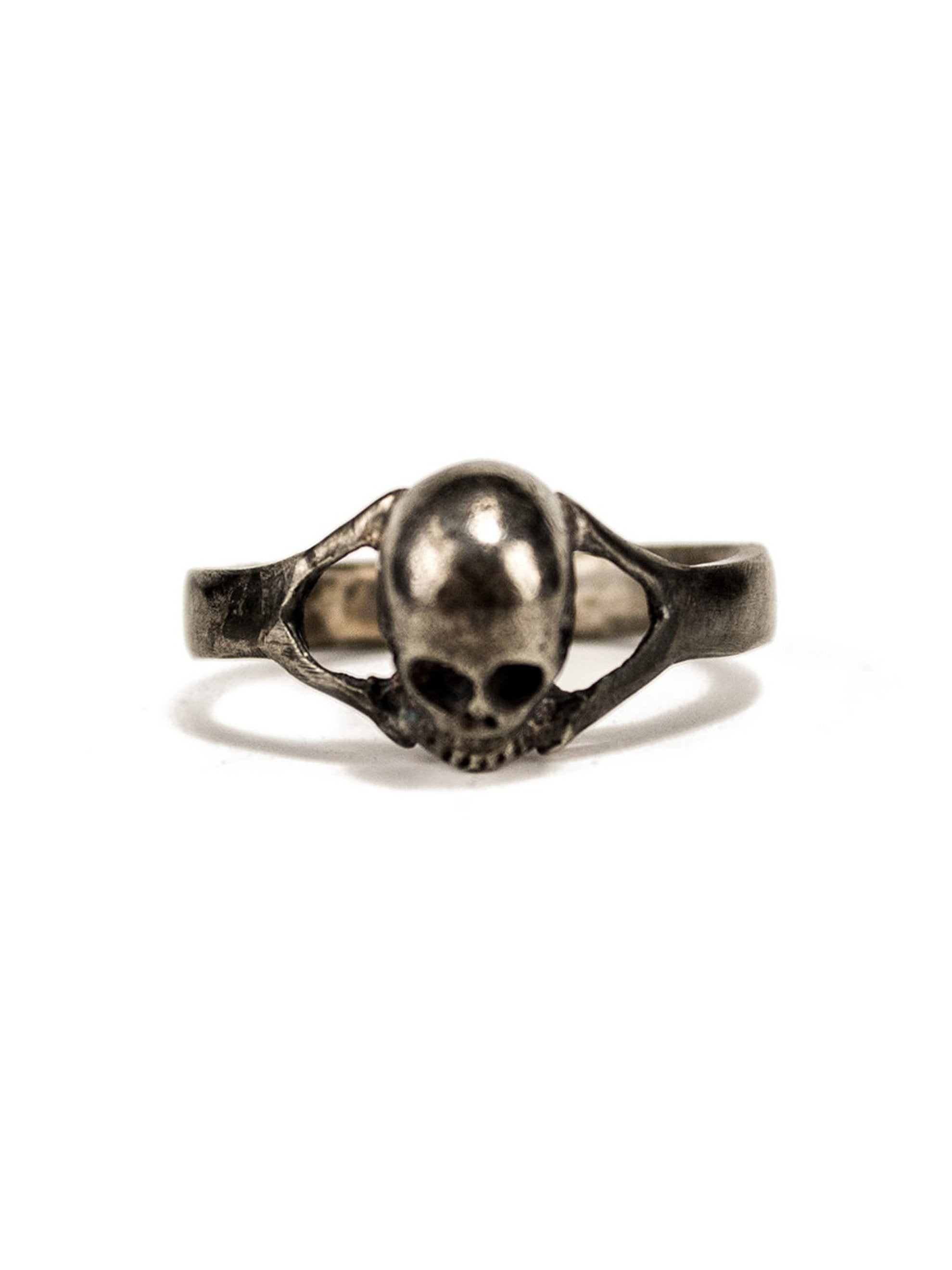 9 Vintage Solid Sterling Silver Small Skull Biker Ring 2