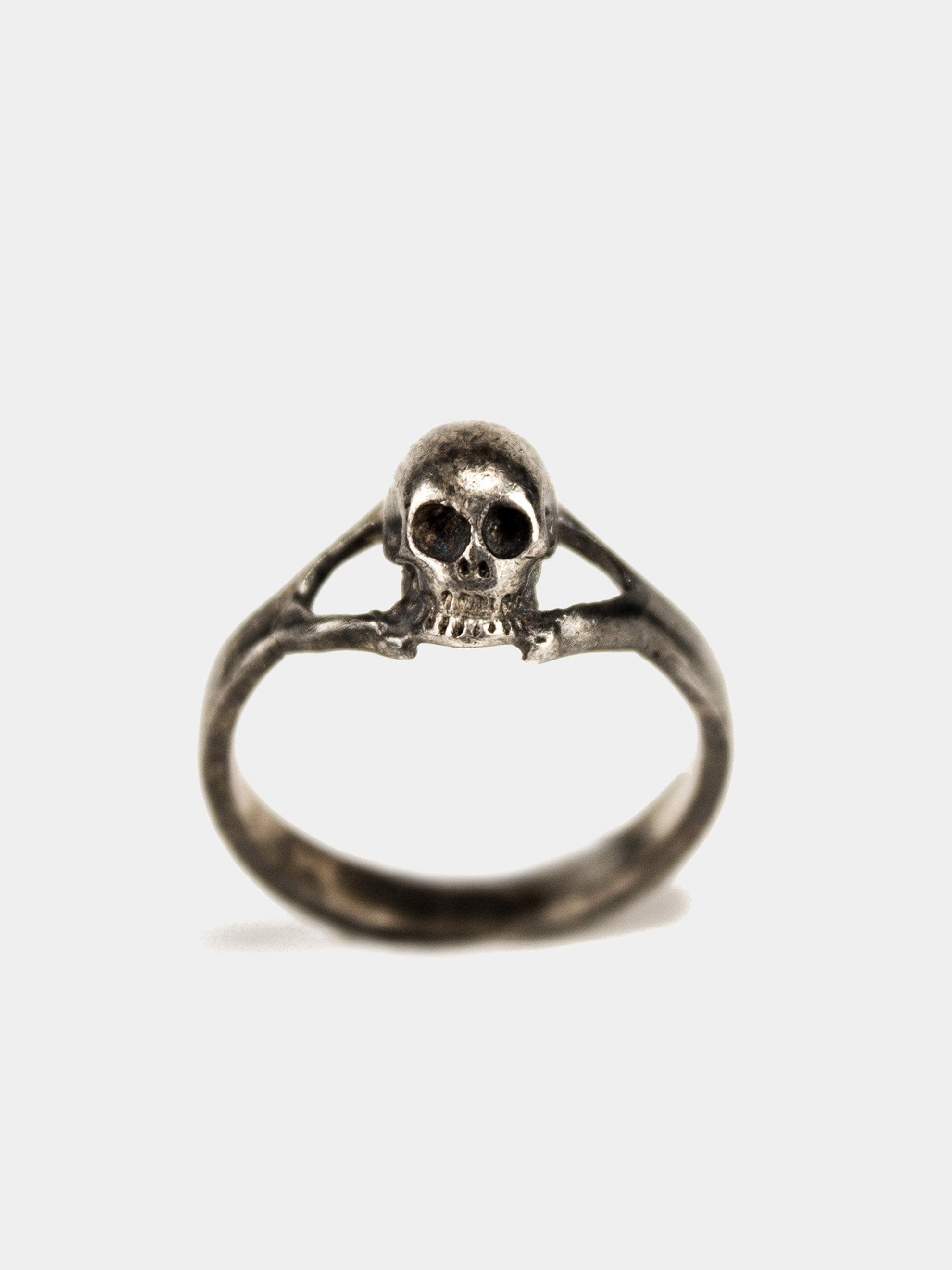 9 Vintage Solid Sterling Silver Small Skull Biker Ring 1