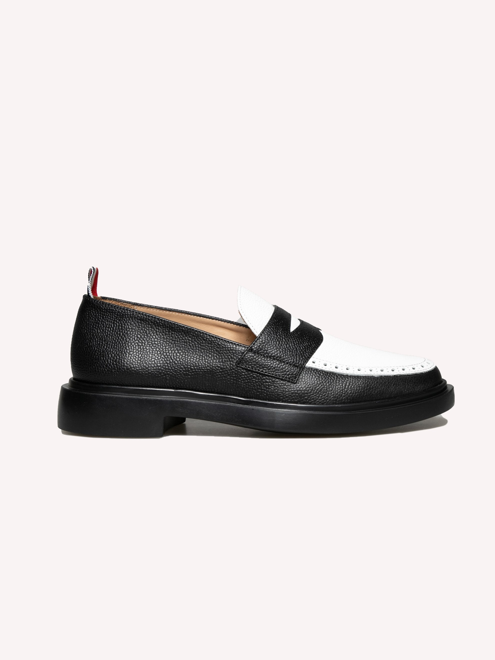 Penny Loafer W/ Lightweight Rubber Sole In Pebble Grain Leather