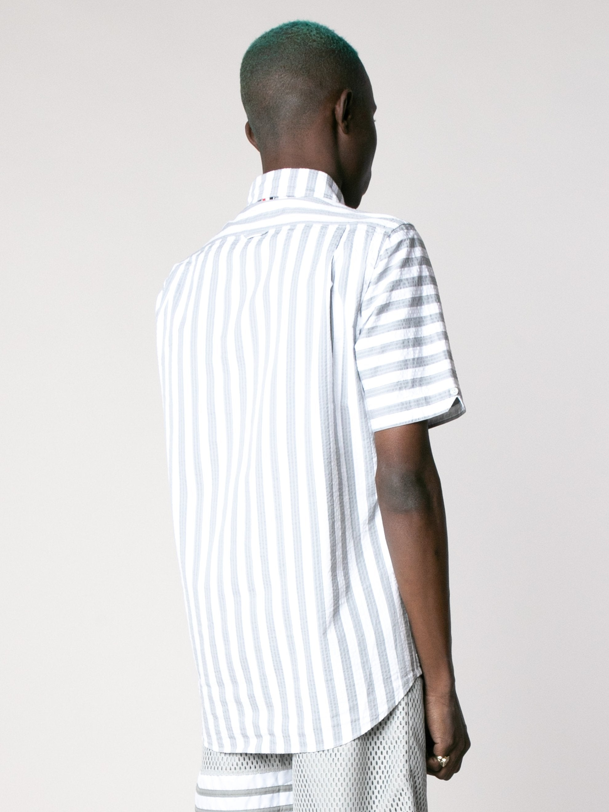 Straight Fit Button Down Short Sleeve Shirt In Engineered RWB Wide Universty Stripe Shirt Seersucker