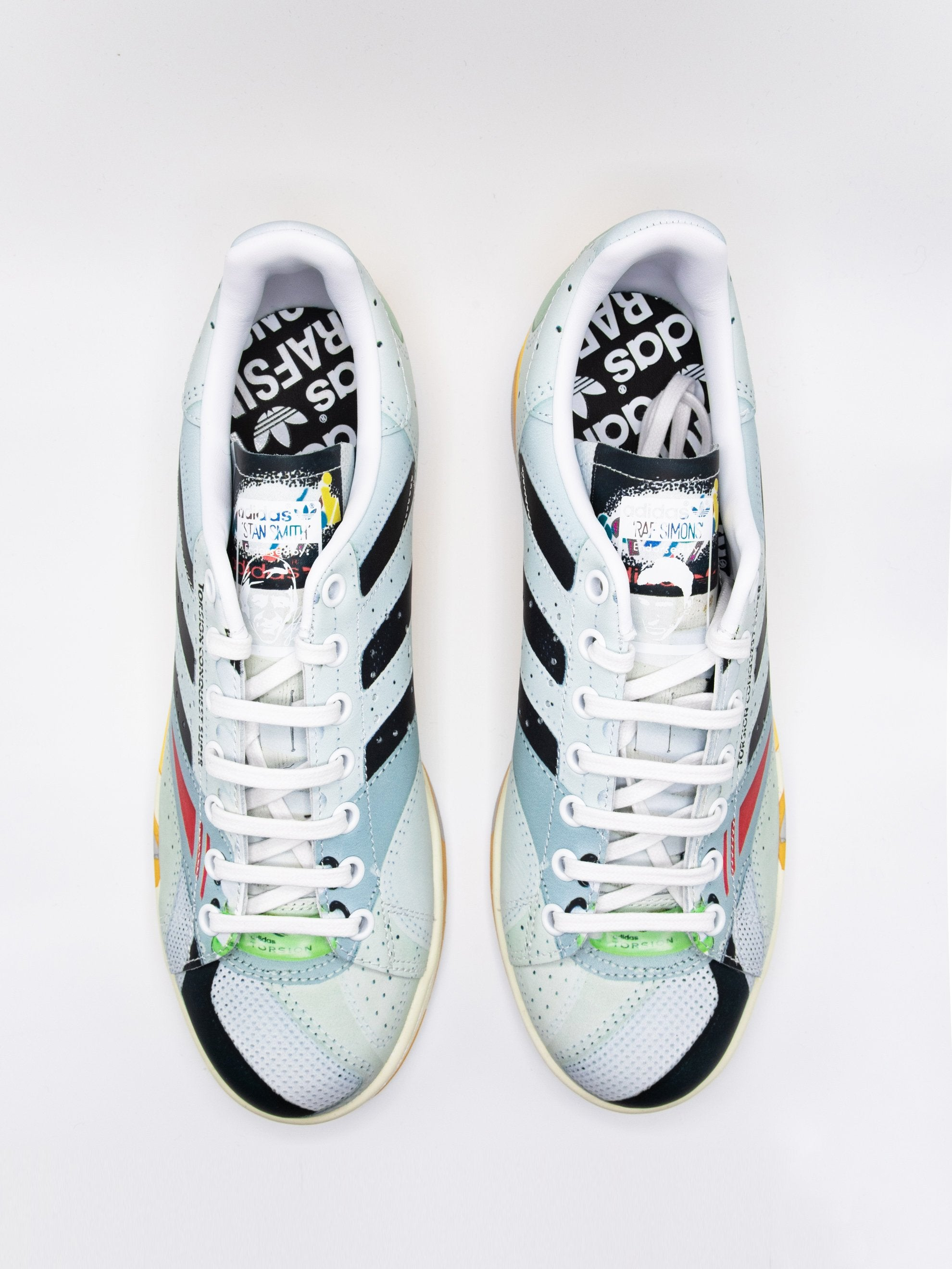 9.5 adidas RS Torsion Stan 4