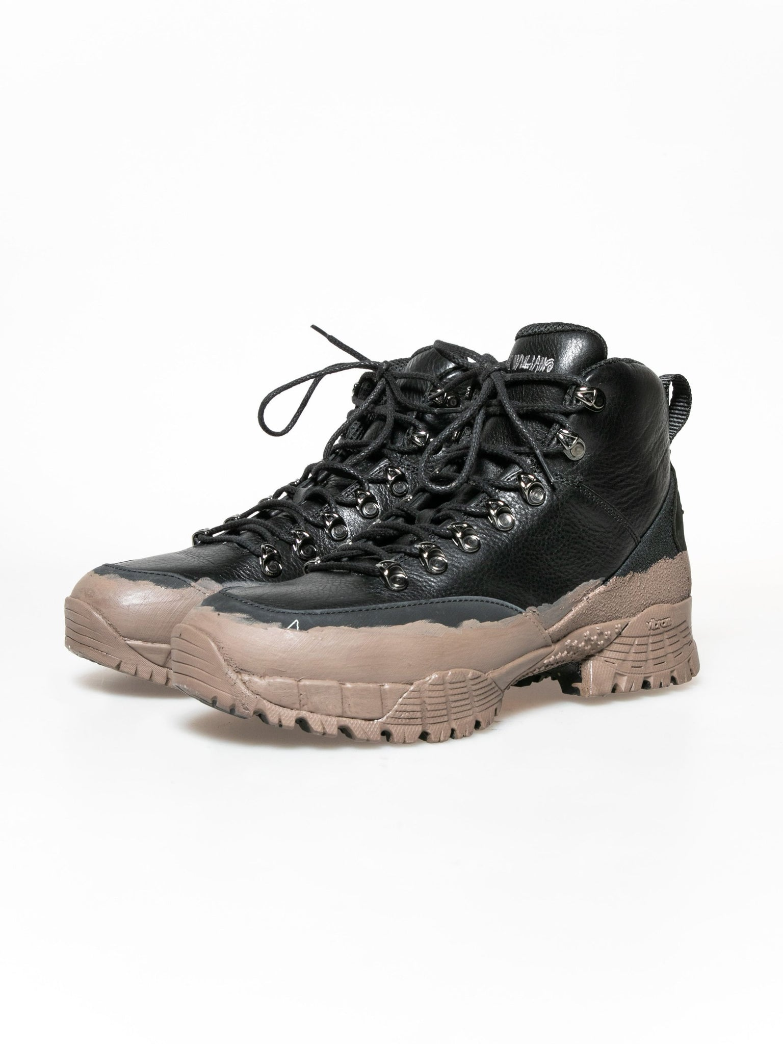 stussy-x-mmw-hiking-boot