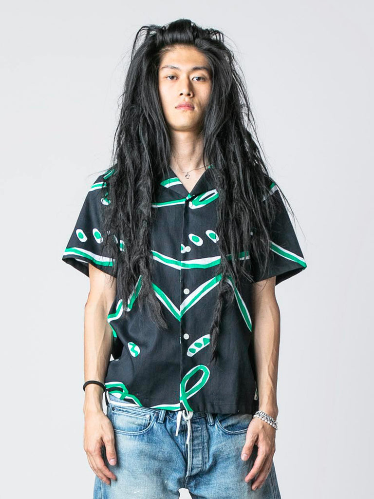 Black Abstract Print Button-Up Shirt 213570566389837