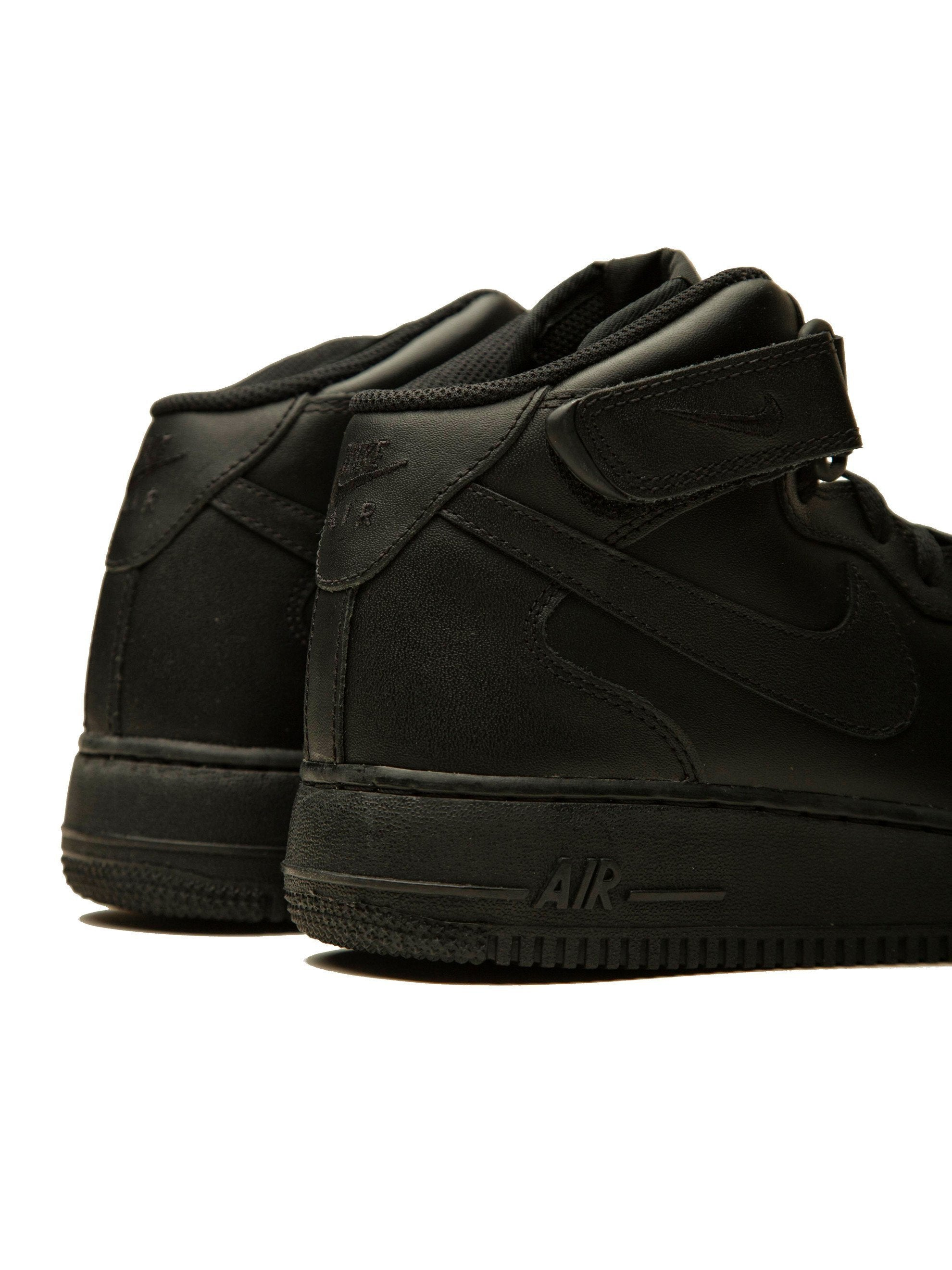 Black Nike x CdG Air Force 1 (Mid) 3