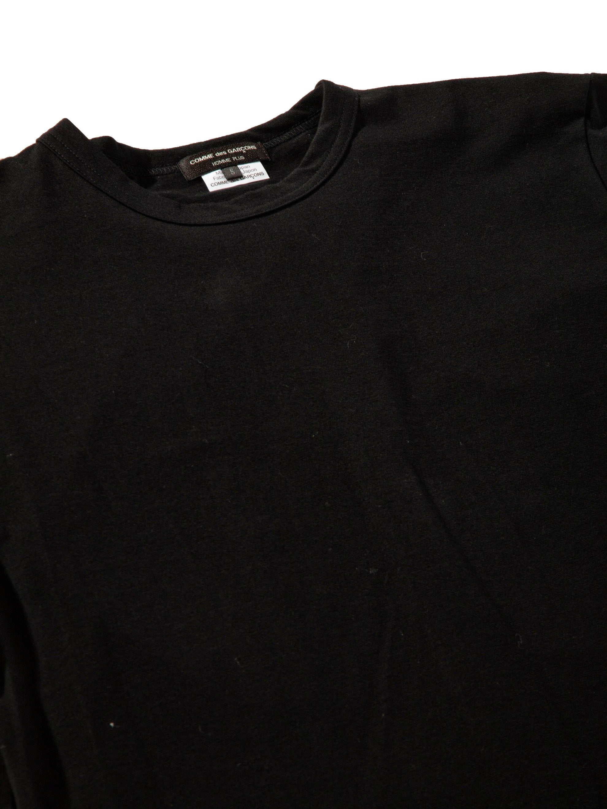 Black Slit Back Buckle T-Shirt 5