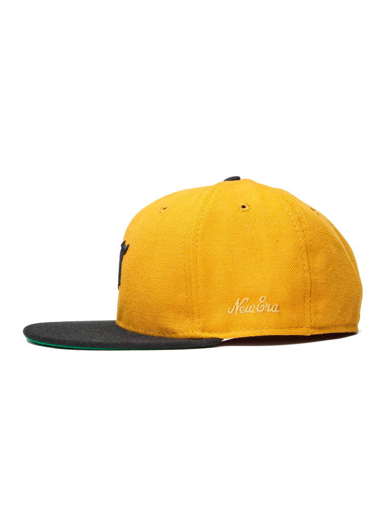 Gold New Era Fitted Cap (59FIFTY) 221621665481