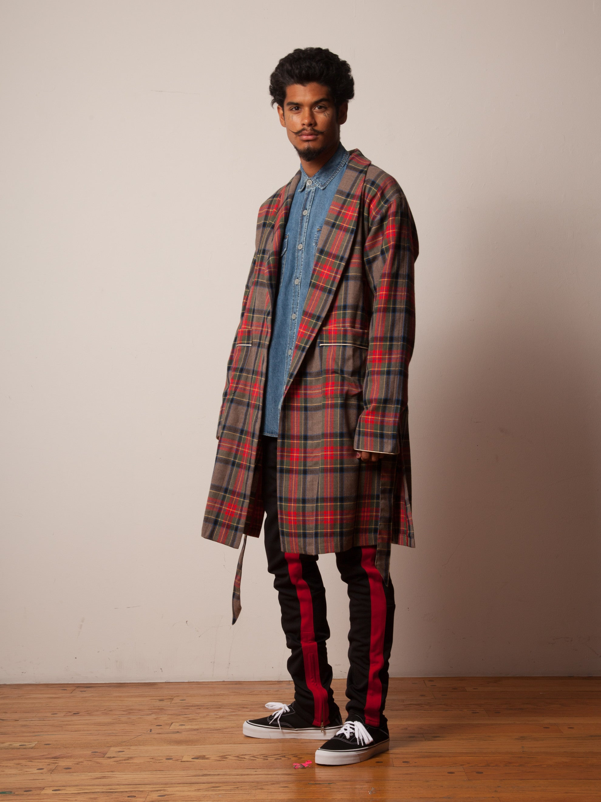 Red/Brown Plaid Wool Robe 5