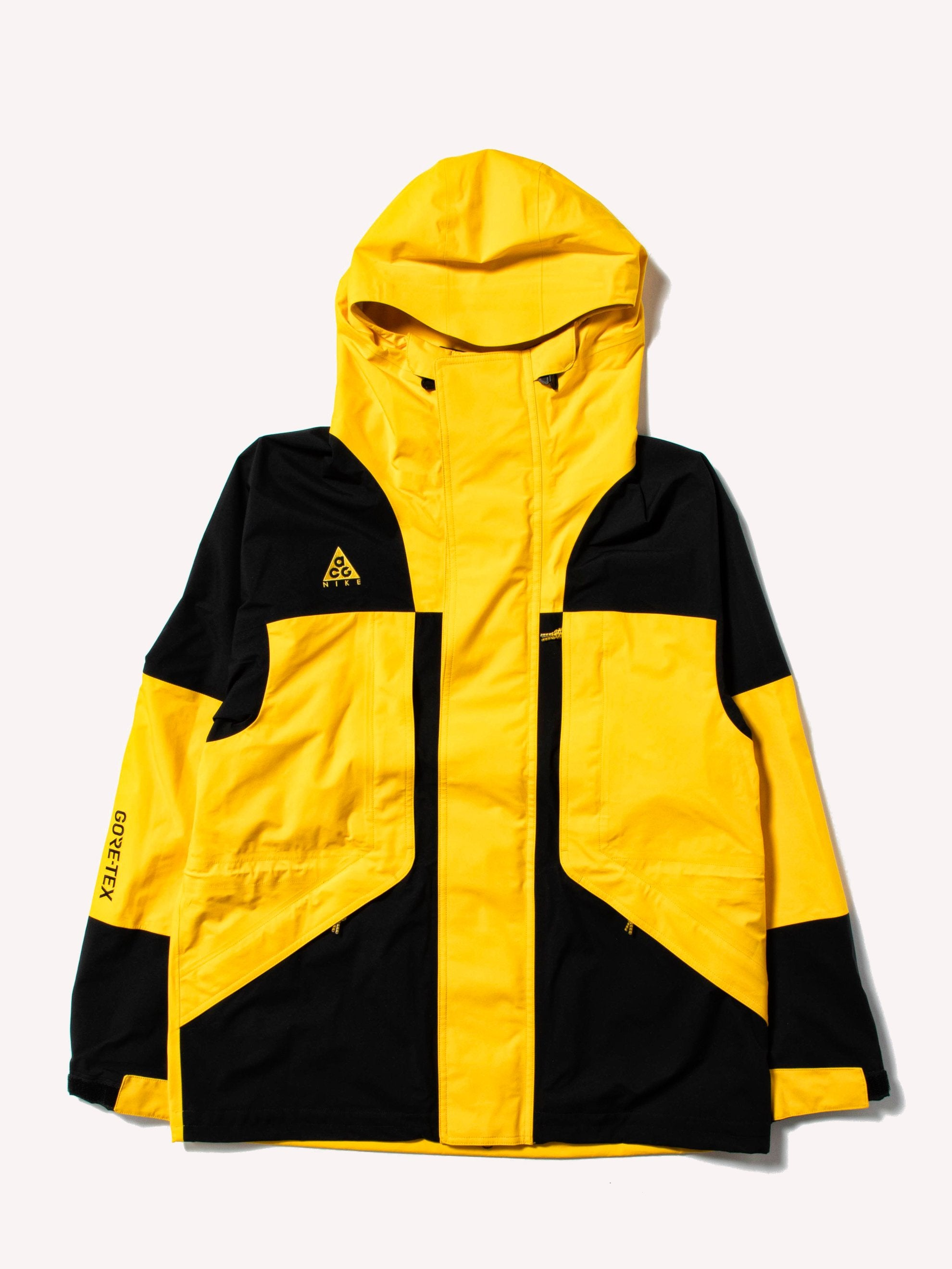 3a40a245c47 Buy NIKE ACG Gore-Tex Jacket Online at UNION LOS ANGELES