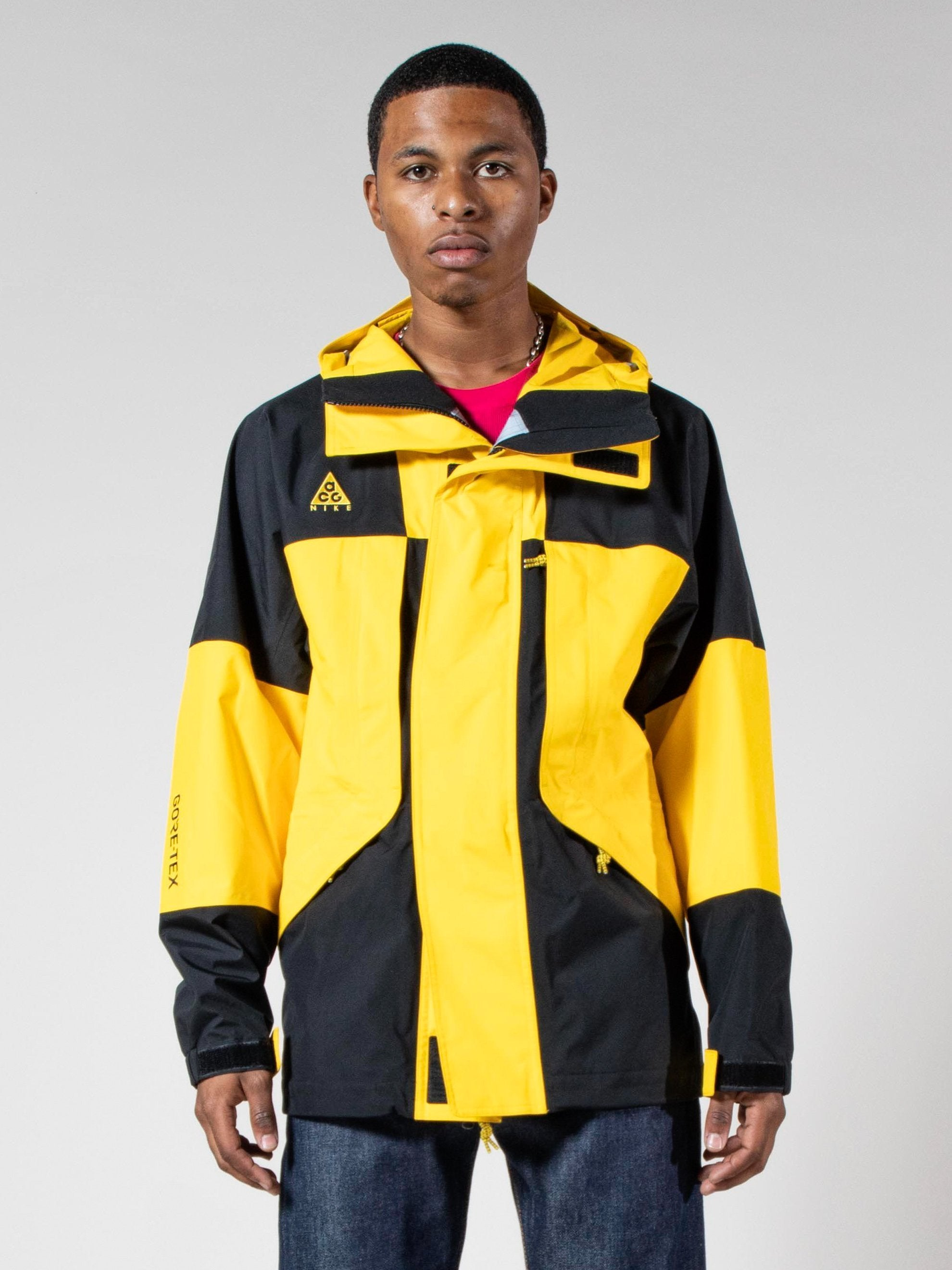 Buy NIKE ACG Gore Tex Jacket Online at UNION LOS ANGELES