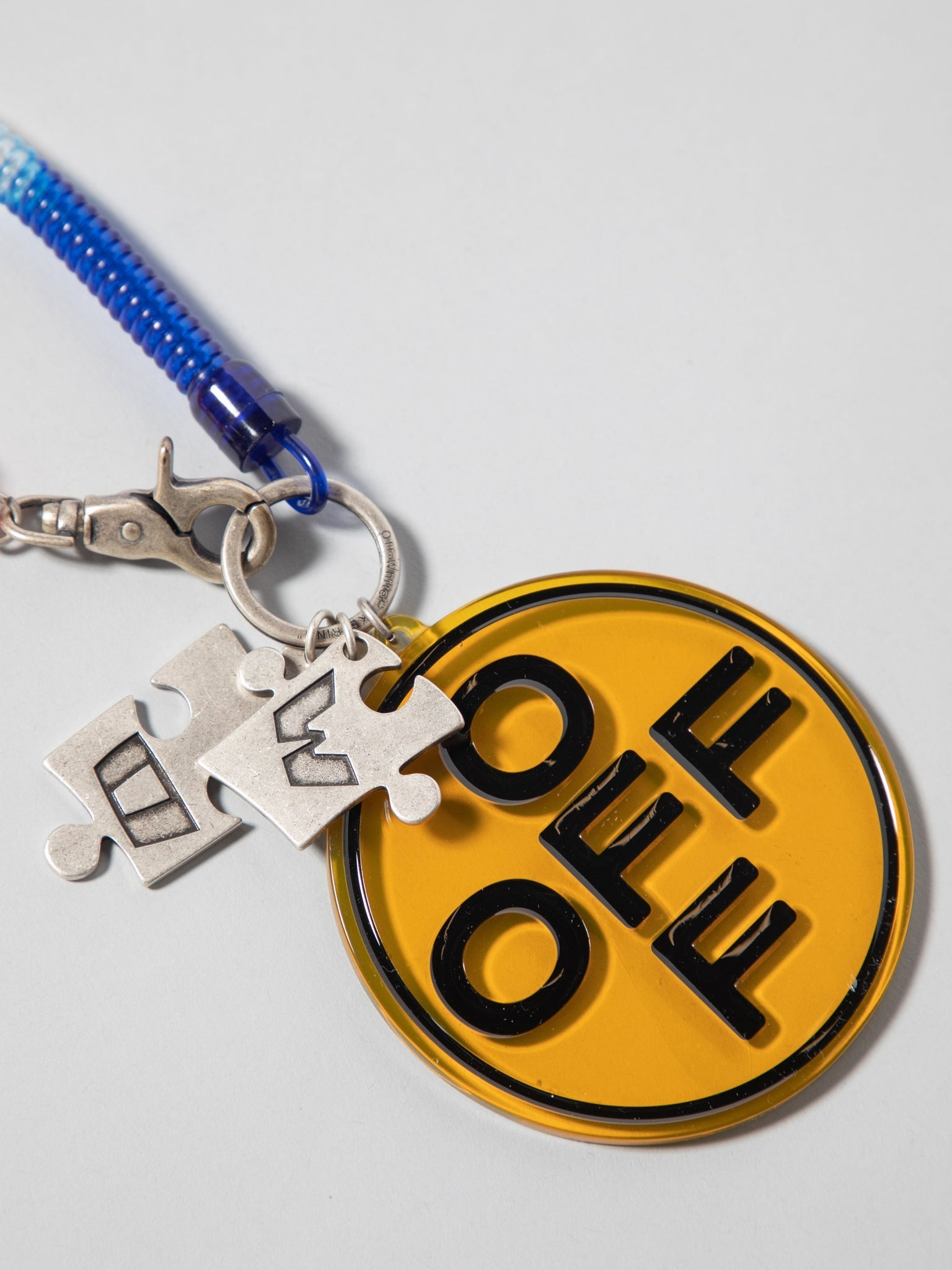 off-cross-bungee-key-ring