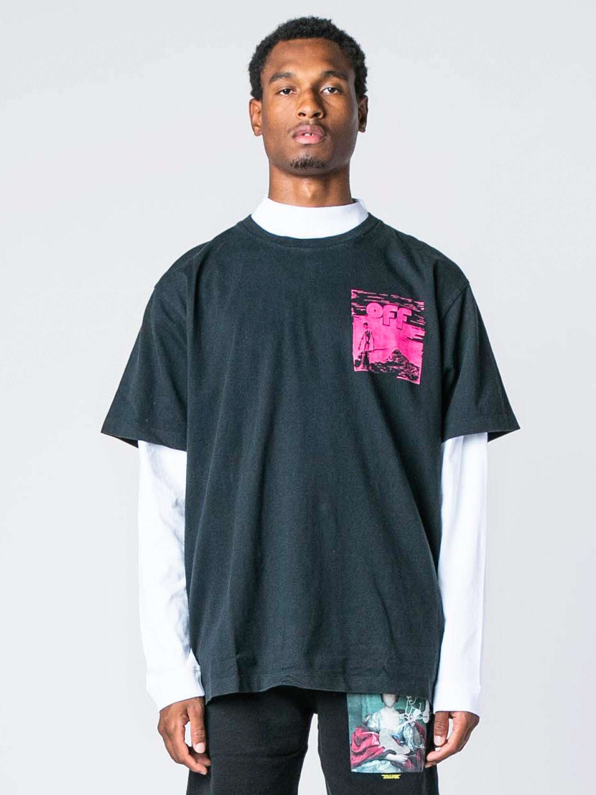 Black / Fuchsia Skull Floating S/S Over T-Shirt 2