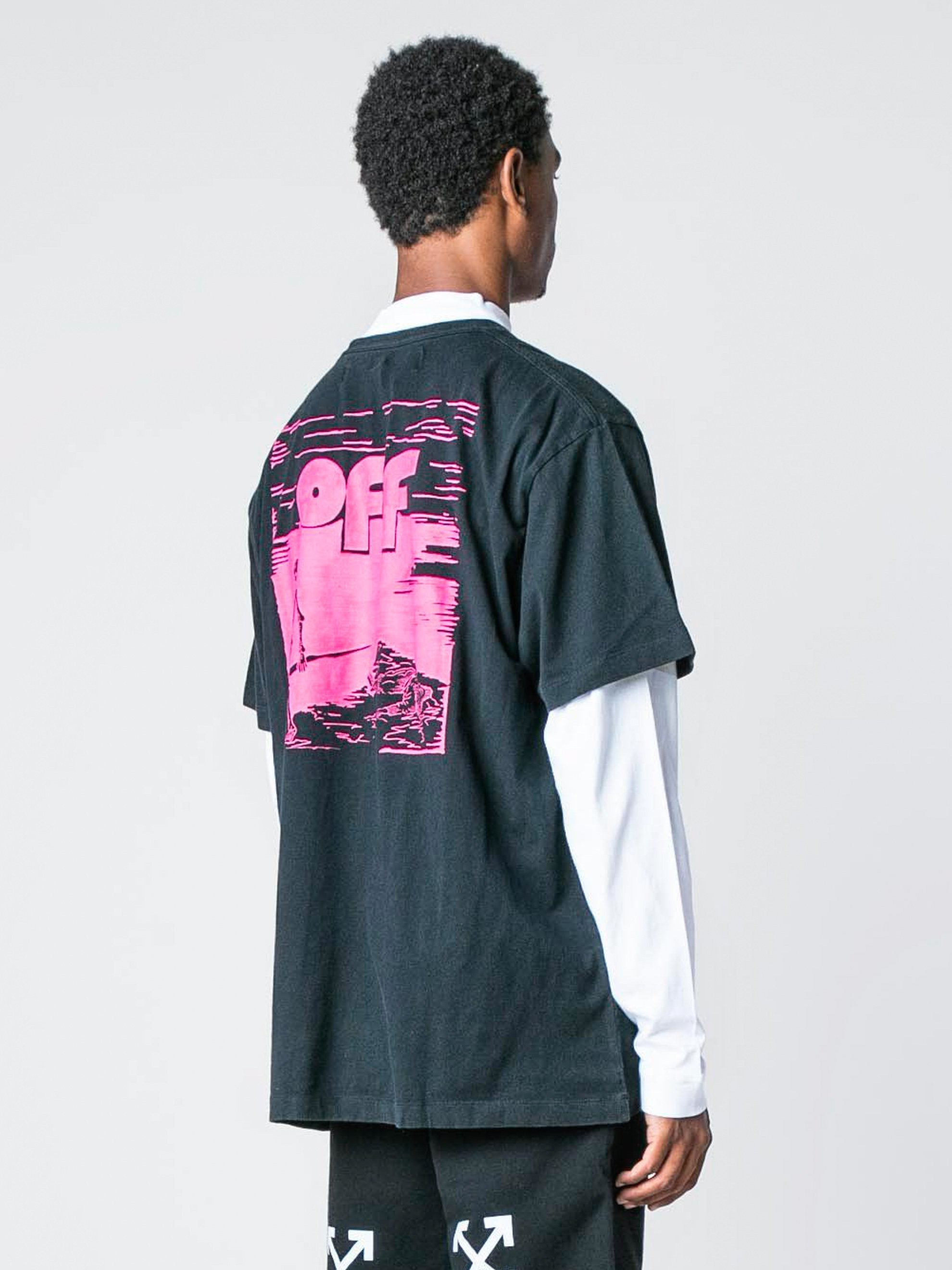 Black / Fuchsia Skull Floating S/S Over T-Shirt 5