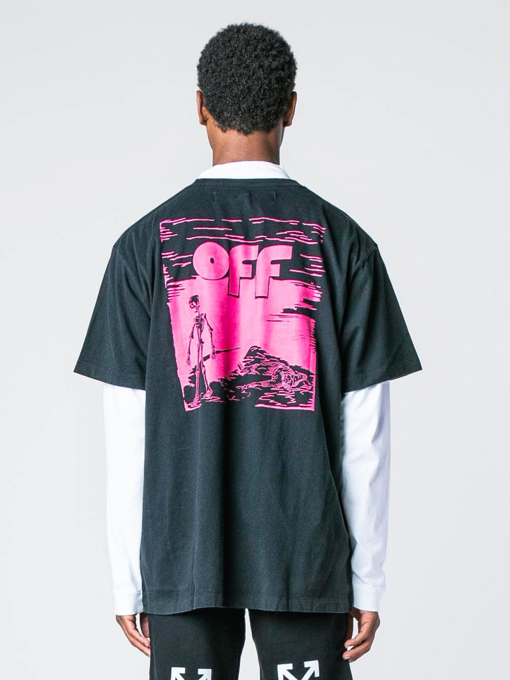 Black / Fuchsia Skull Floating S/S Over T-Shirt 6