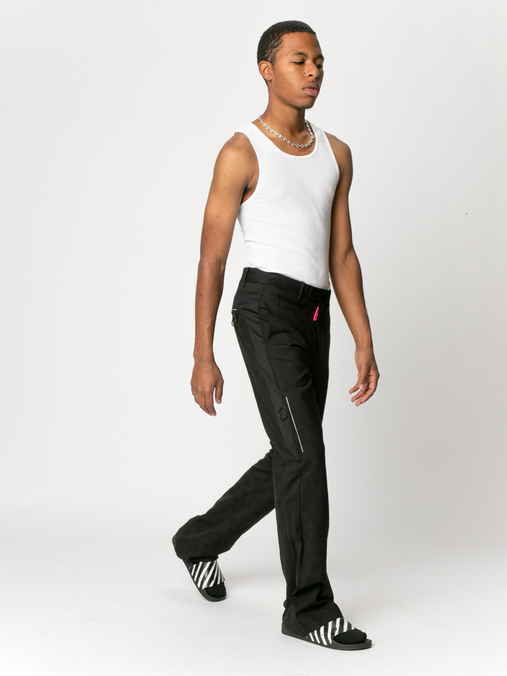 Low Fit Tailored Pant