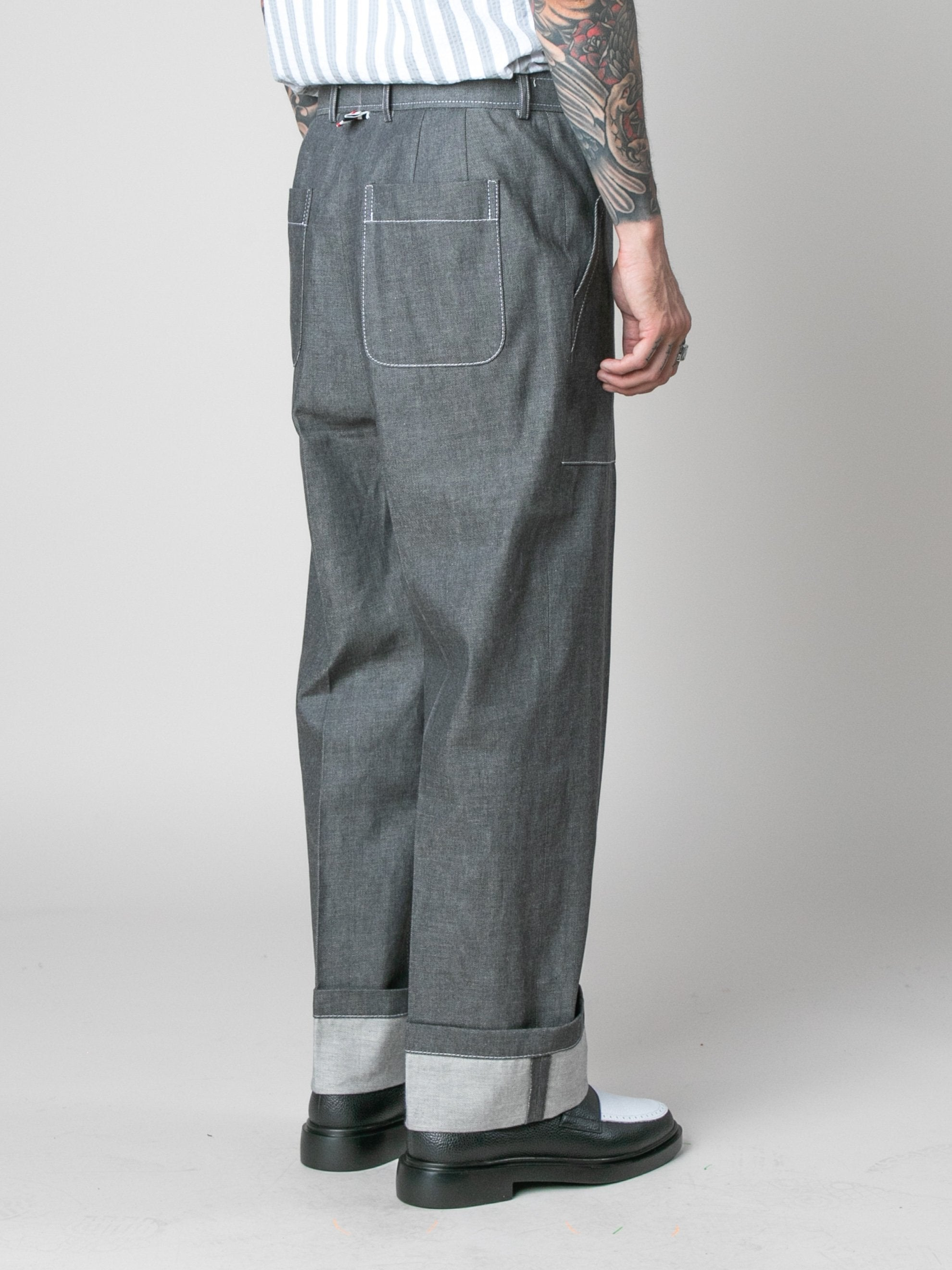Med Grey Square Patch Pocket Fold Up Straight Leg Trouser In Denim 5