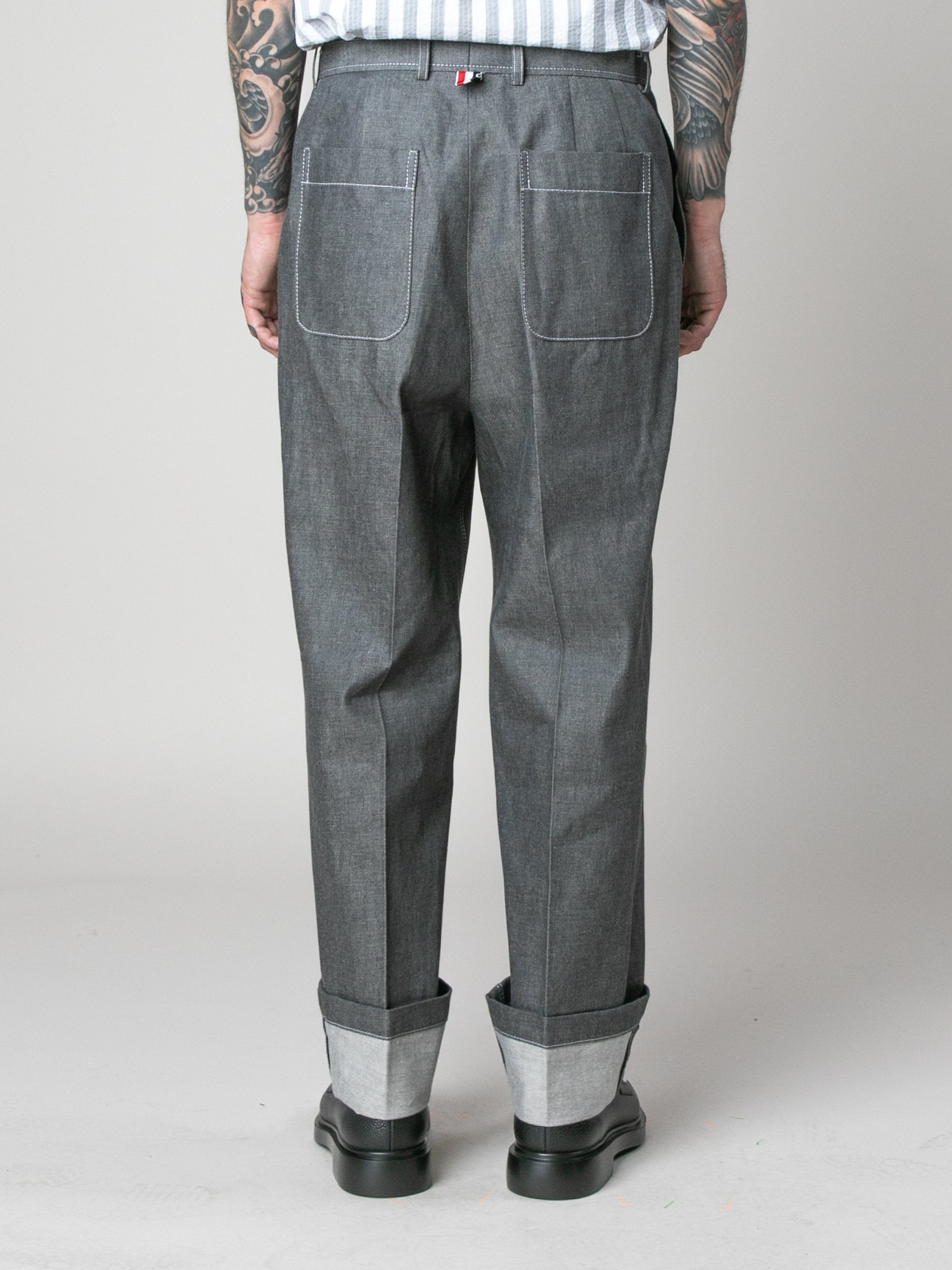 Med Grey Square Patch Pocket Fold Up Straight Leg Trouser In Denim 6