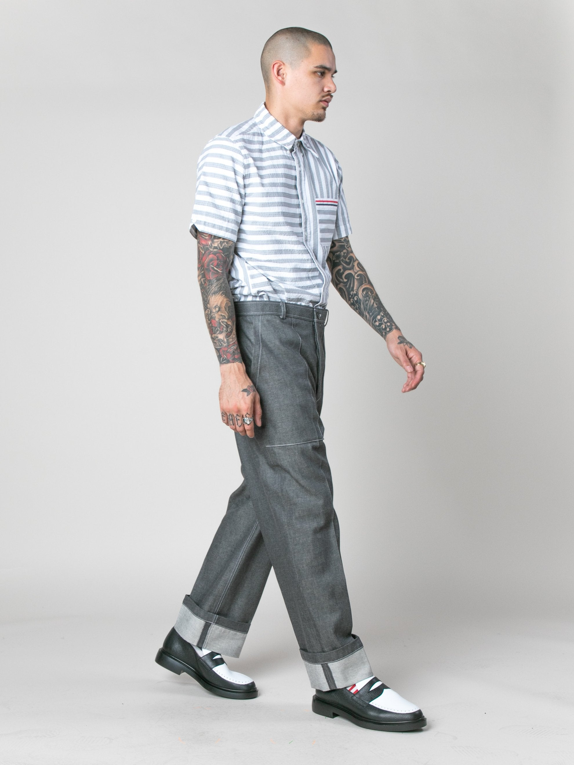 Med Grey Square Patch Pocket Fold Up Straight Leg Trouser In Denim 7
