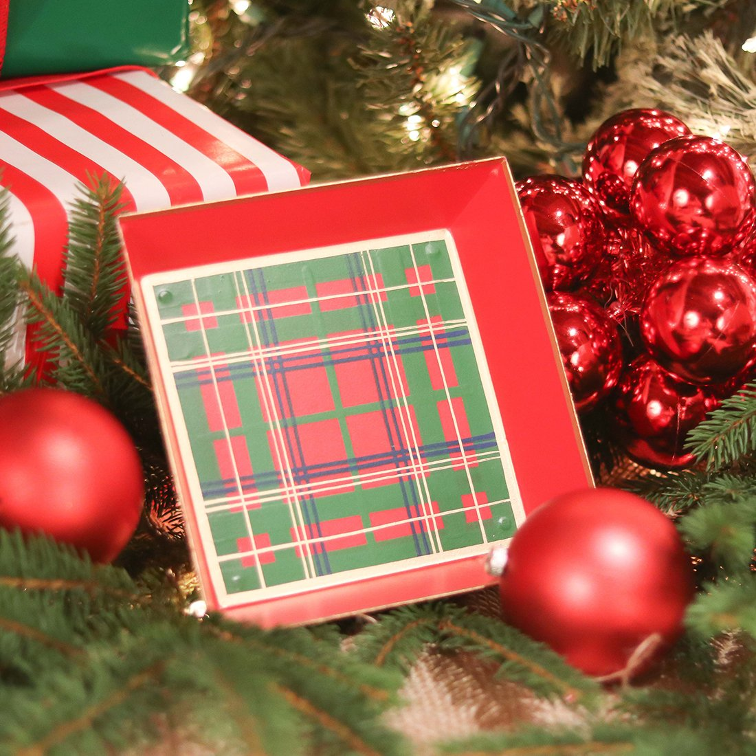 Tartan Red Cocktail Napkin Tray - The Preppy Bunny