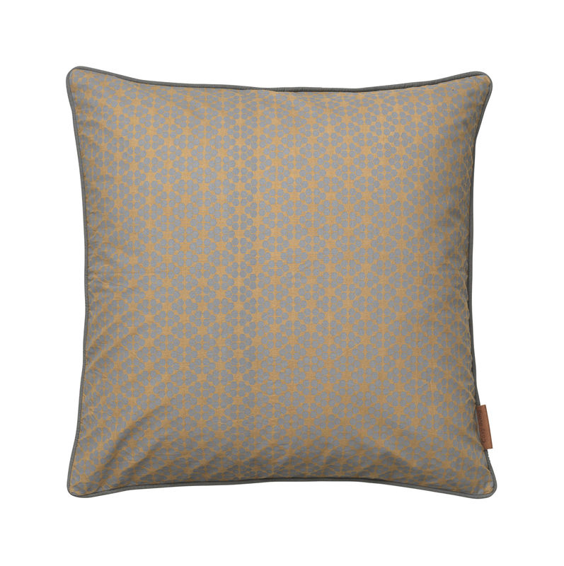 Cozy Living Allium Flower Cushion MUD