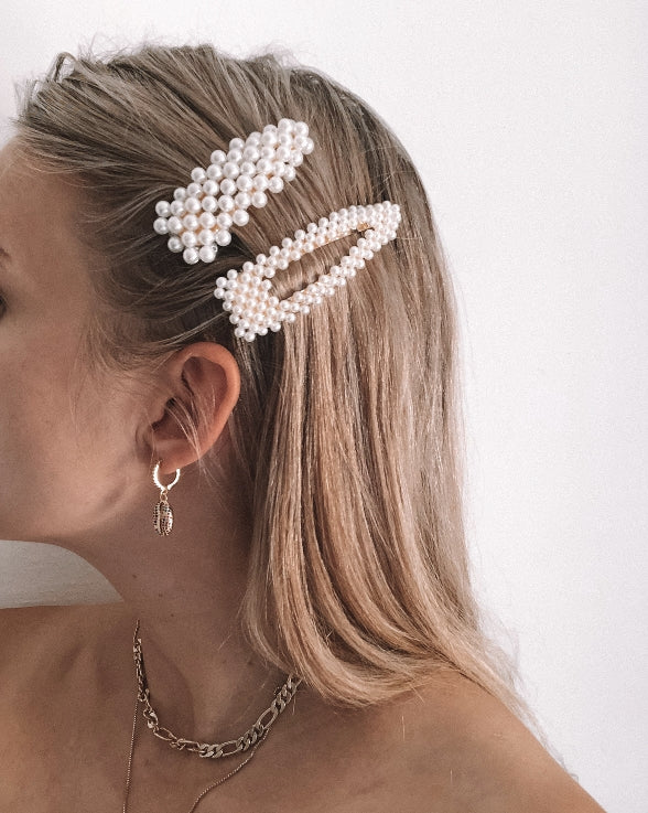 the bare sea bambi pearl hair clip set