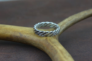 Twisted ring in sterling silver