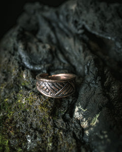 Crosshatch Viking Ring in Bronze