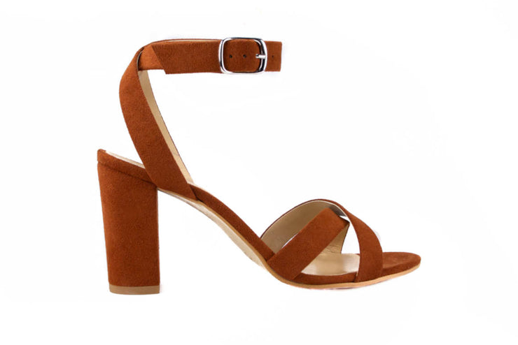 Fera Libens women's collection vegan sandals animal free heeled sandals calliope russet