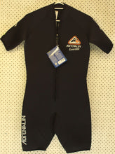 Load image into Gallery viewer, Adrenalin Shortie 5mm Wet Suit