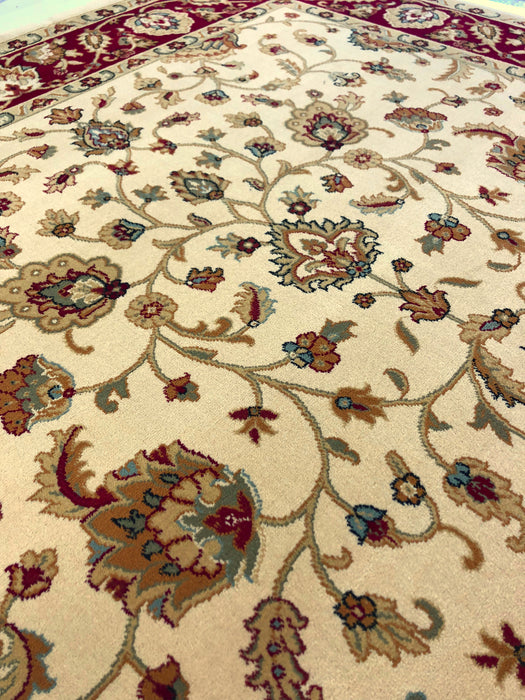 Brilliant Quality Cream Rug made in Turkey, sizes available 2873