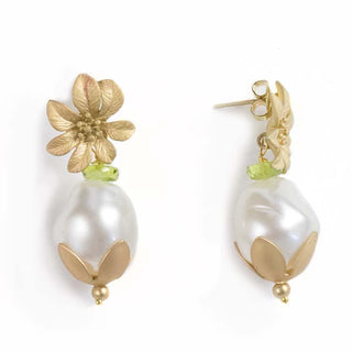 Snow Bell, resin pearl, peridot earrings