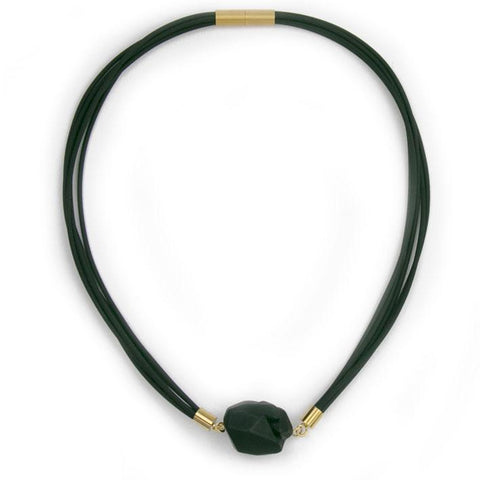 "Rocks necklace ""In between M"" black"