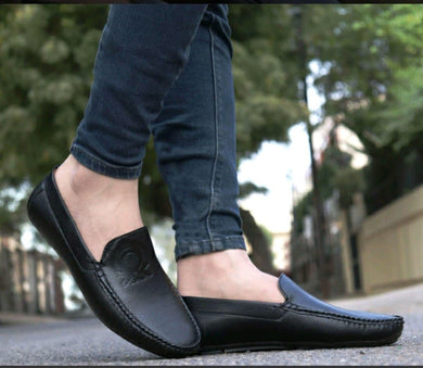 Casual men's loafer