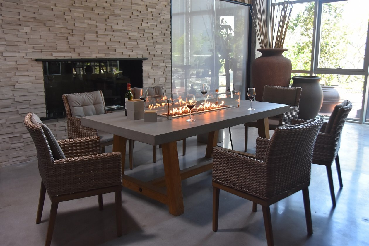 Picture of: Elementi Workshop Dining Table Fire Pit Oasis