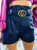 Short in ecopelle con cintura
