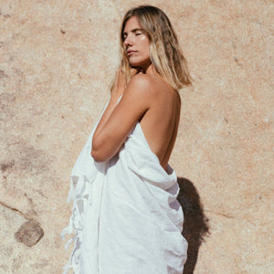 A Perfect Nomad Everywhere Giant Linen Wrap