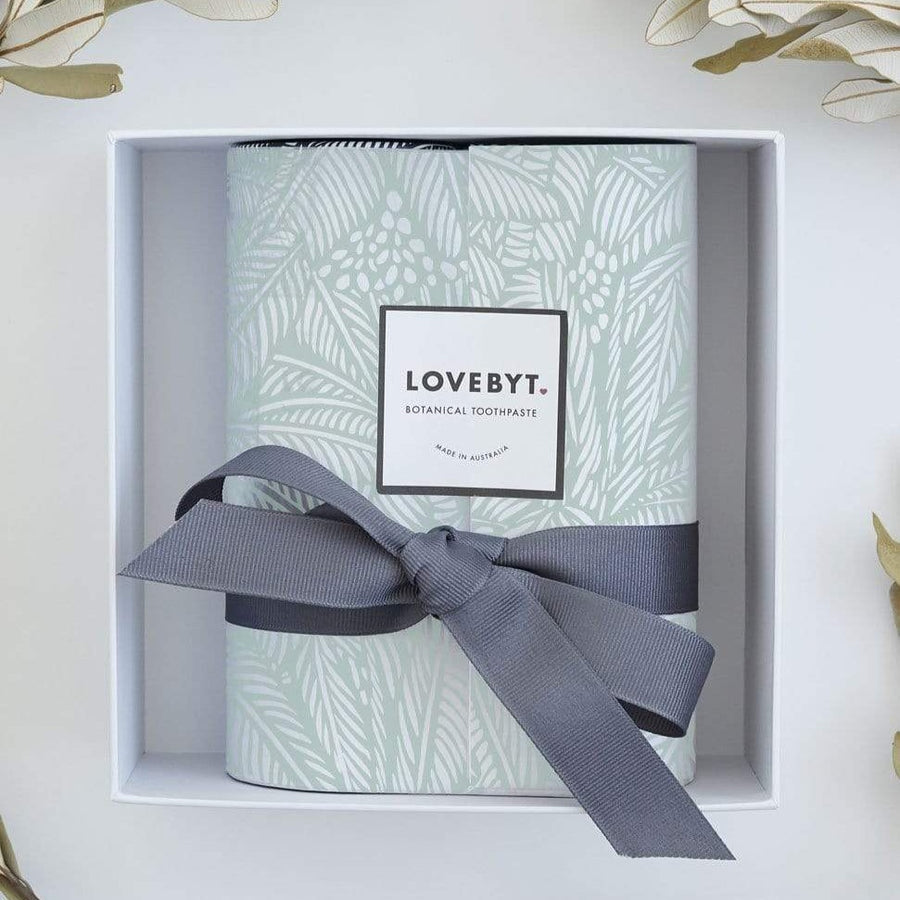 LOVEBYT Natural Toothpaste Christmas Box