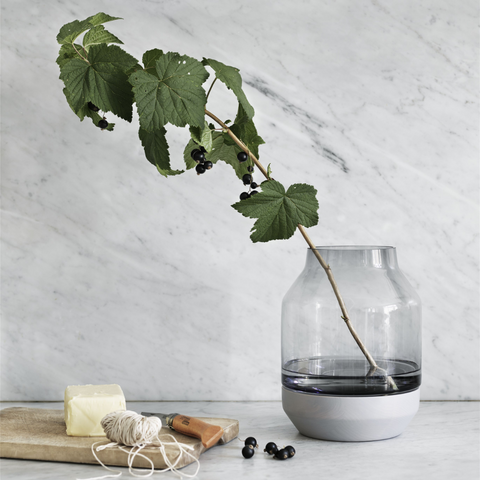 Elevated Modern Vase - MUUTO | Gifts for the home | Scandinavian Furniture and Decor | Batten Home