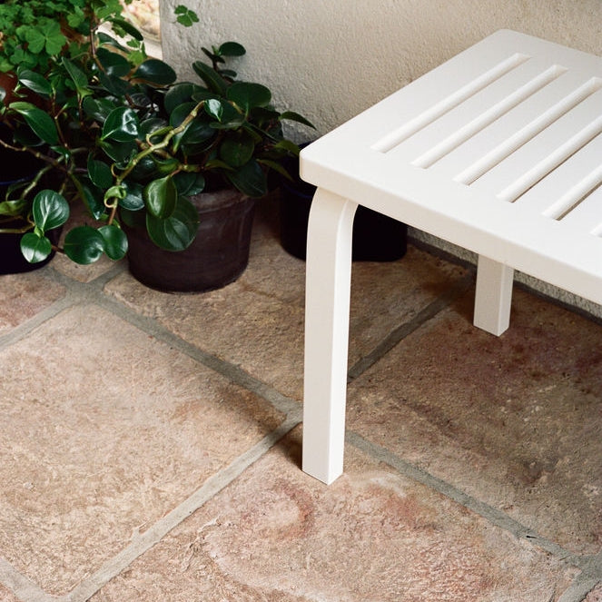 Bench 153A in White