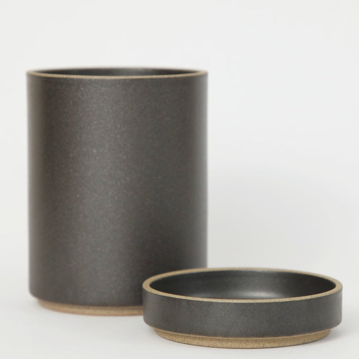 Hasami PorcelainSmall Planter and Saucer Set in Black - Batten Home